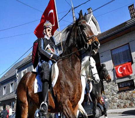 belcika-nin-turk-koyu-nde-karnaval-coskusu-9312676_2944_m